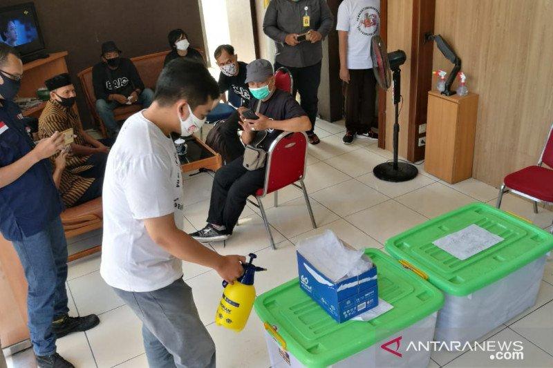 Bajo serahkan 21.063 syarat dukungan perbaikan di Pilkada Solo