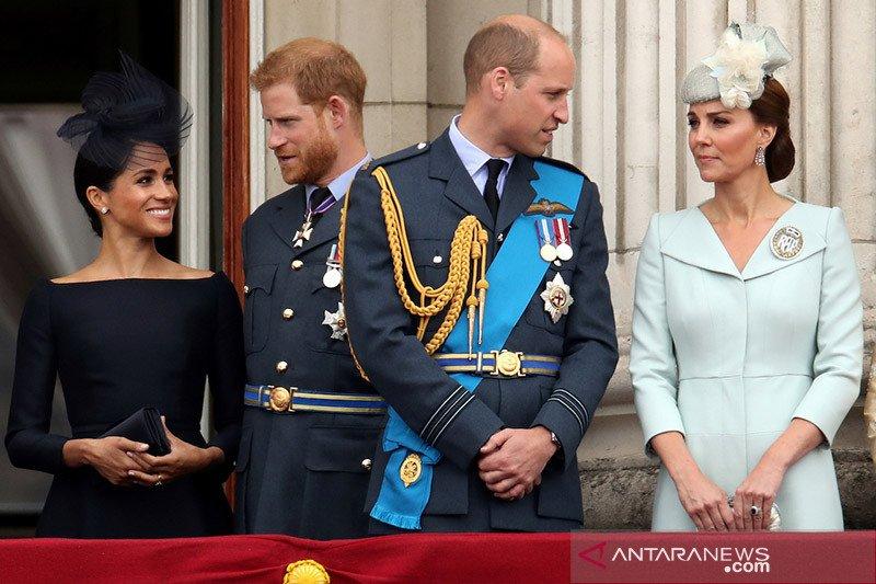 Pangeran Harry selalu hubungi Charles untuk dapatkan dukungan