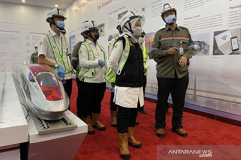 Menaker tinjau penggunaan tenaga kerja asing dalam proyek kereta cepat