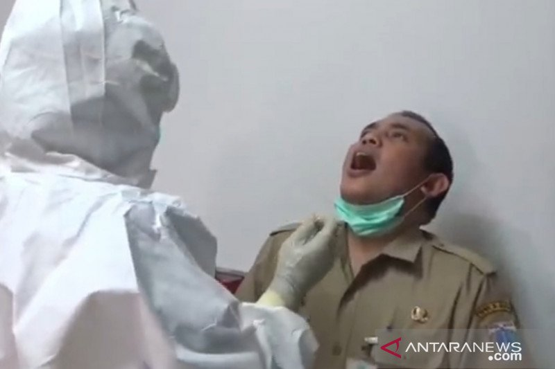 Puskesmas gelar tes usap ratusan ASN dan PJLP Kecamatan Kelapa Gading