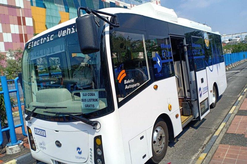 Uji coba bus listrik di Jakarta dilakukan secara ketat