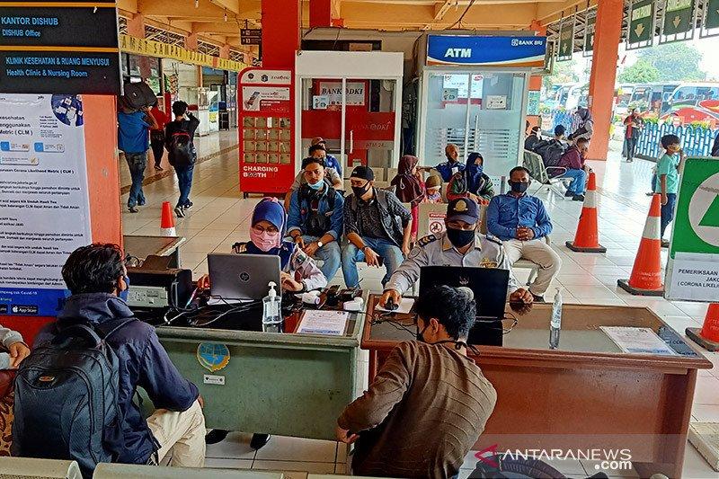 Pemudik di Terminal Kampung Rambutan tidak sampai sepuluh persen