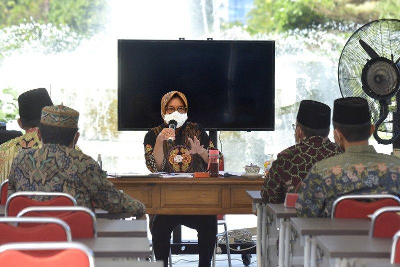 Risma minta santri di Surabaya jalani rapid test
