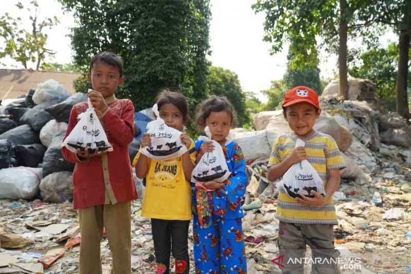 Baitulmaal Muamalat salurkan kurban ke warga terdampak bencana