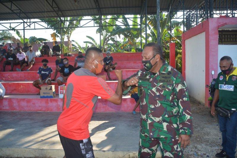 Pangdam: Kompetisi sepak bola usia dini munculkan talenta anak Papua