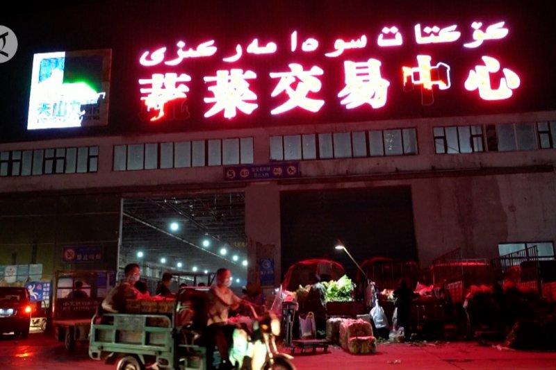 Xinjiang intensifkan skrining COVID-19, perkuat pasokan makanan