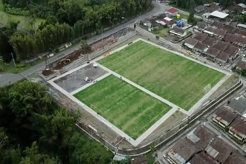 Lapangan Sepakbola berstandar Eropa di Lereng Merapi