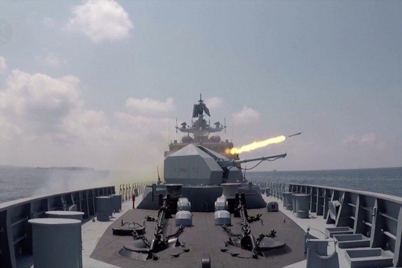 Armada Rusia gelar parade di Pangkalan AL Tartus, Suriah