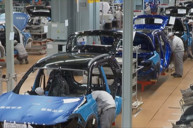 Penjualan mobil China FAW Group tetap melesat di tengah pandemi