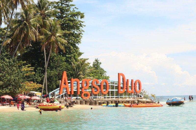 Pemkot Pariaman buka paket rapat luar ruangan di Pulau Angso Duo