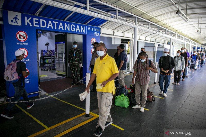 Enam pekerja migran Indonesia positif COVID-19 saat di Batam