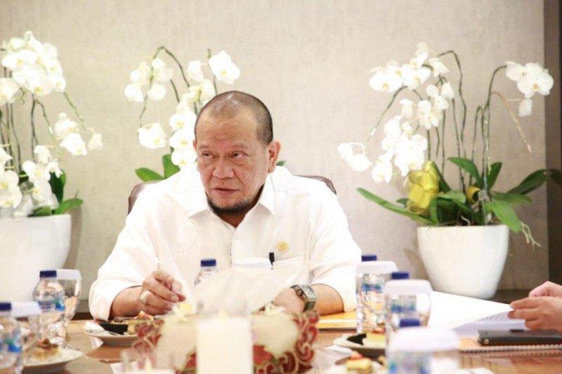 Ketua DPD RI: Terlalu dini membahas jabatan Kapolri