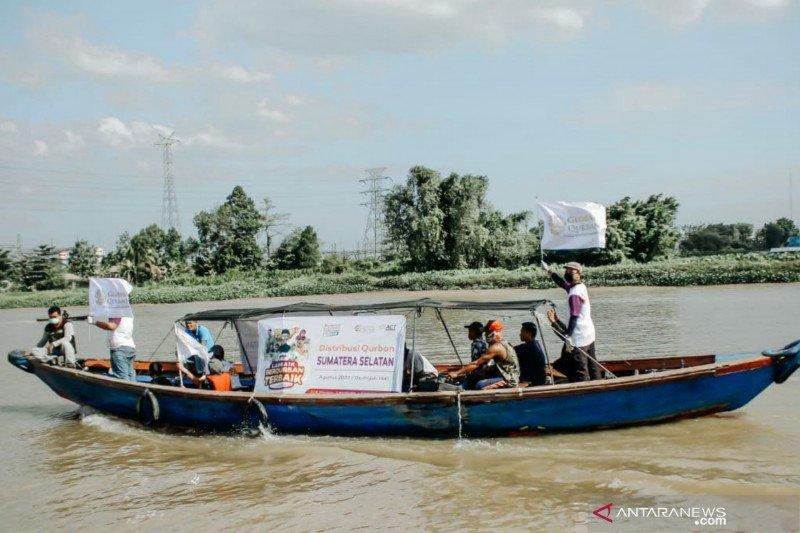 ACT Sumsel distribusikan daging kurban ke Pulau Borang Banyuasin