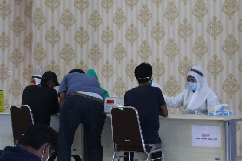 Kasus COVID melonjak, angka reproduksi efektif Lampung naik