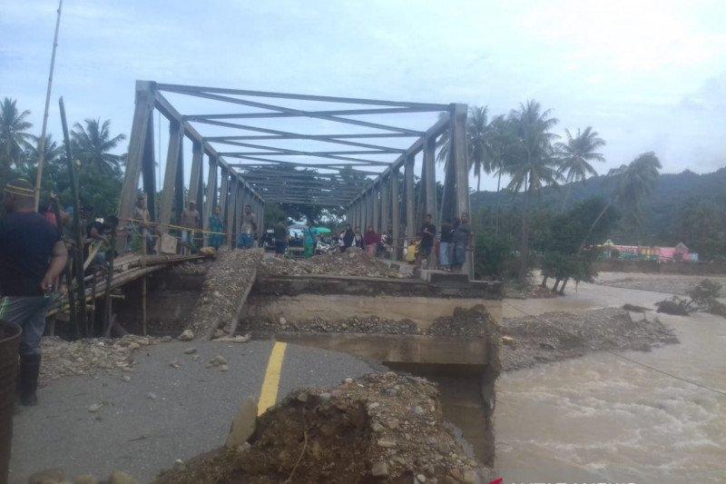 Total 8.233 warga jadi korban banjir dan longsor di Bone Bolango