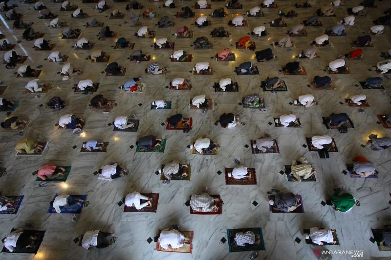 Shalat Idul Adha boleh digelar di masjid di luar zona merah dan oranye