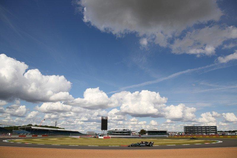 Ban yang lebih lunak tantangan baru bagi Hamilton di Silverstone