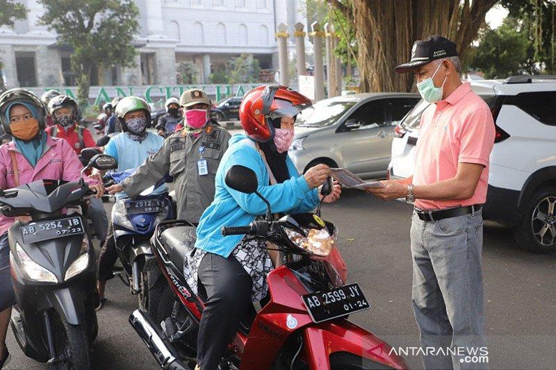 Kasus melonjak, ribuan masker dibagikan gratis di Sleman-Yogyakarta