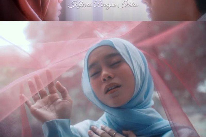 Lesti Rizky Billar Bikin Baper Di Video Musik Kulepas Dengan Ikhlas Antara News Sumatera Barat