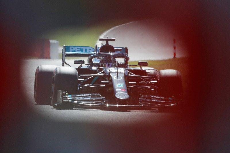 Puncaki FP2, Hamilton lanjutkan dominasi Mercedes di Silverstone