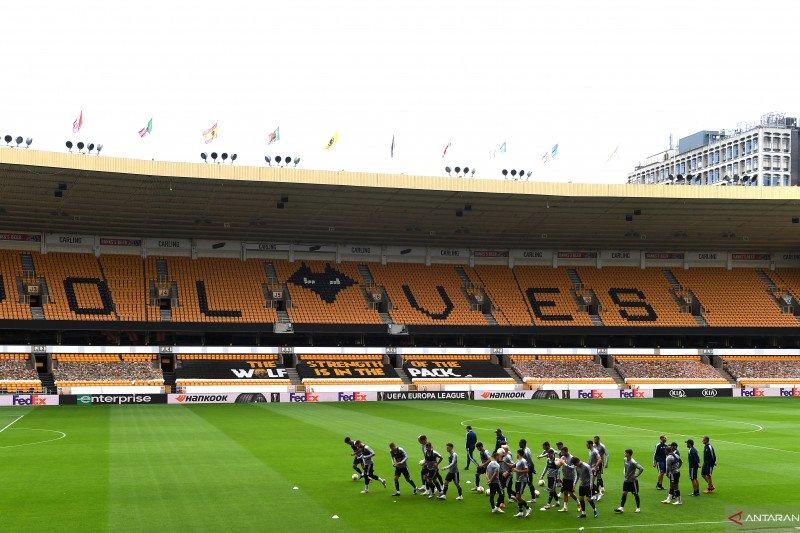 Wolverhampton disanksi UEFA karena langgar aturan finansial