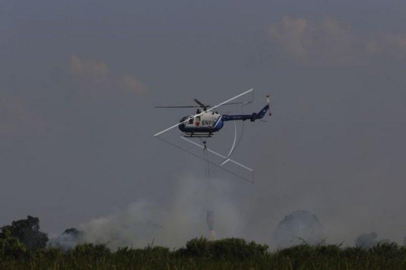 Sumatera Selatan siagakan sembilan unit helikopter atasi karhutla