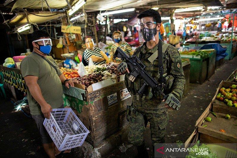 Polisi Filipina patroli wajib masker di pasar