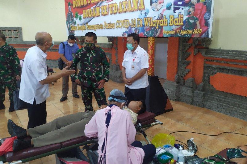28 Anggota Kodam Udayana lakukan donor plasma konvalesen