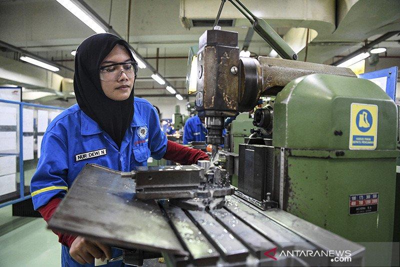 Presiden minta mahasiswa magang di industri minimal satu semester
