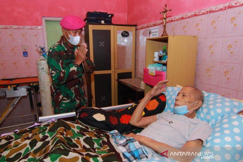 Dankormar jenguk veteran pengangkat jenazah pahlawan revolusi