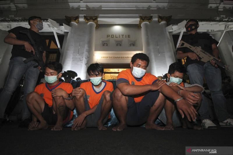 Pengungkapan kasus peredaran narkotika di Surabaya