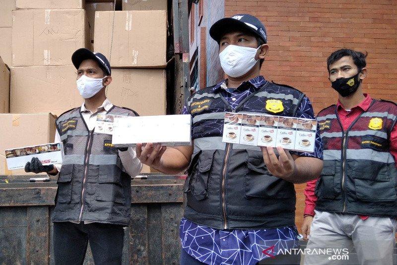 Bea Cukai Kudus ungkap penjualan rokok ilegal secara daring