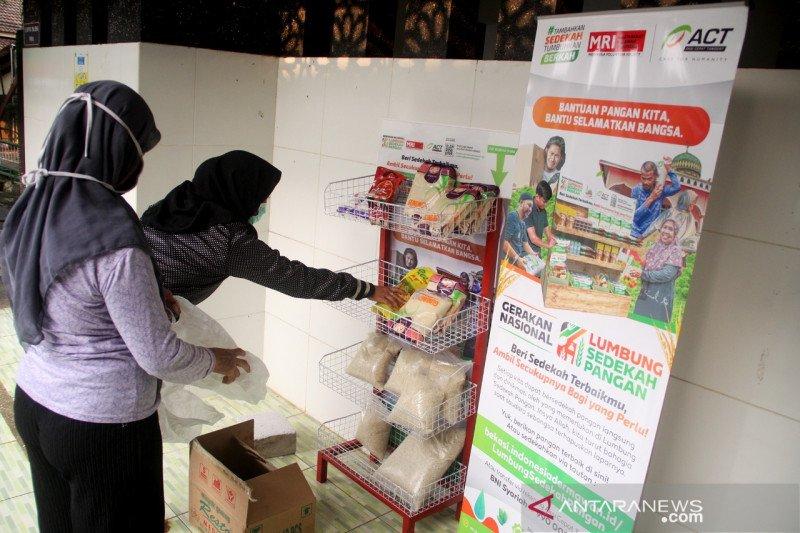 Bantu warga saat pandemi, ACT gagas lumbung sedekah pangan di Bekasi