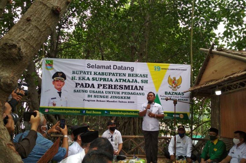 Bupati Bekasi resmikan saung UMKM wisata Sungai Jingkem