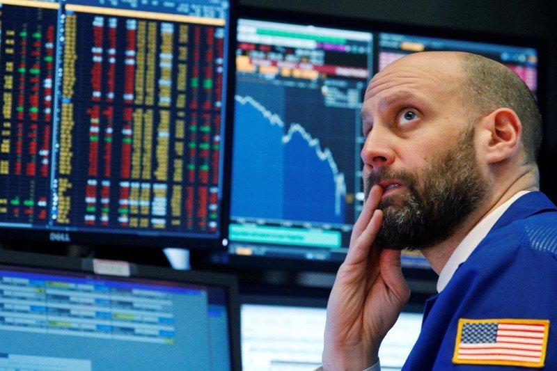 Wall Street dibuka merosot, data penjualan ritel AS di bawah harapan