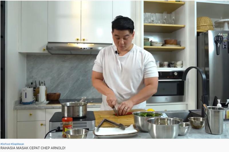 Rekomendasi memasak hidangan ala chef berbahan bahan siap masak