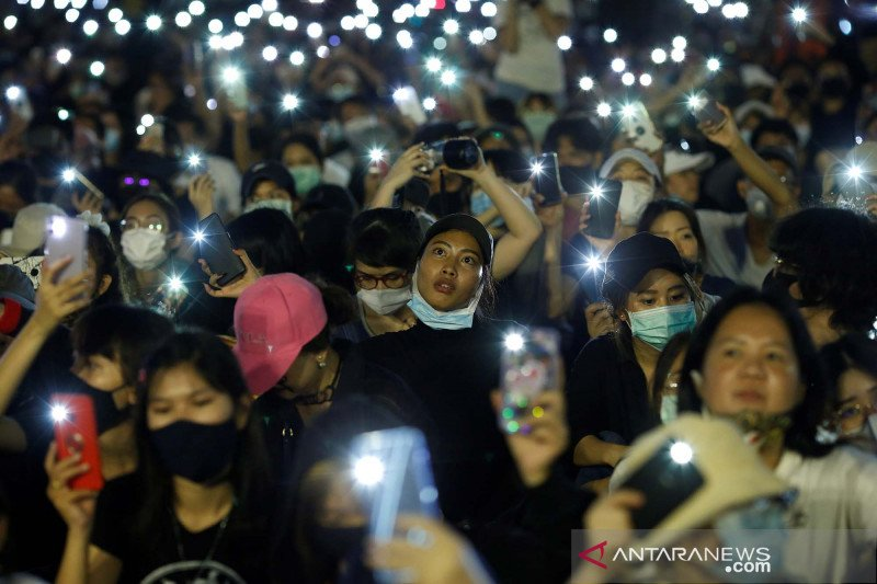 Unjuk rasa pro-demokrasi di Thailand terus berlangsung
