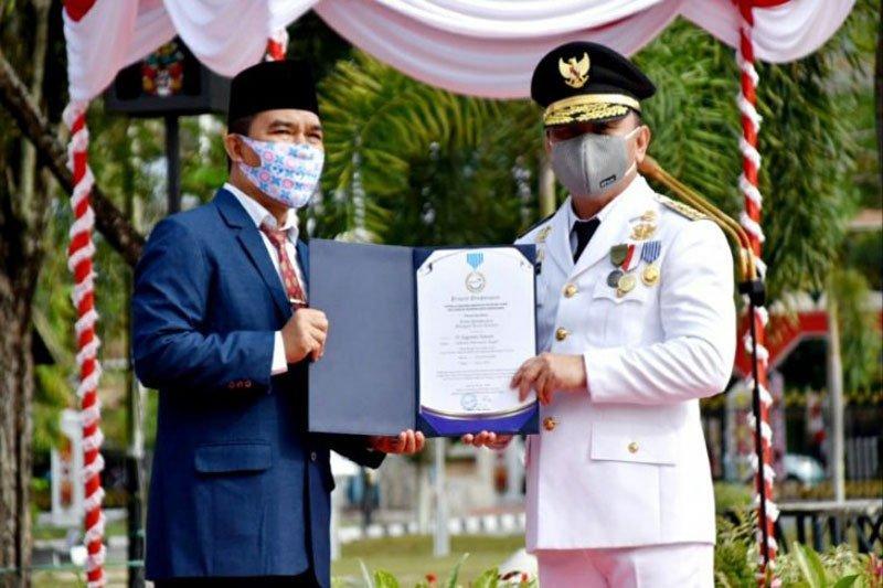 Gubernur Kalteng terima penghargaan Manggala Karya Kencana