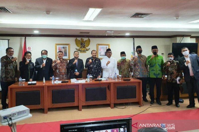 Fachrul Razi apresiasi kepemimpinan Teras Narang di Komite I DPD RI