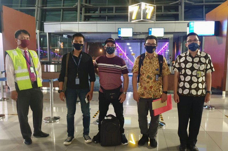 Imigrasi Bali deportasi seorang turis Prancis langgar izin tinggal
