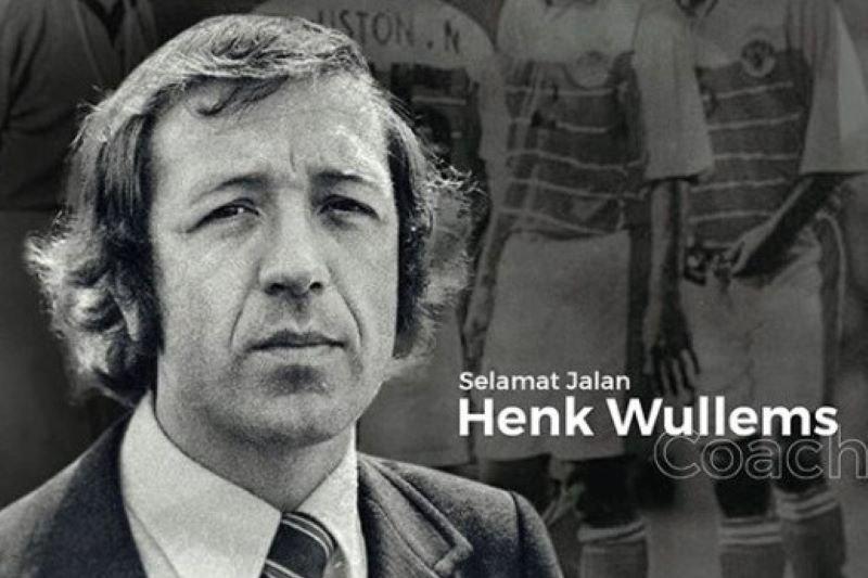 Pelatih legendaris timnas Indonesia Henk Wullems tutup usia