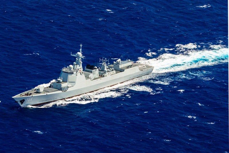 Militer China pantau pergerakan kapal perang AS di Selat Taiwan
