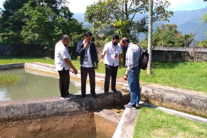 Semen Padang bangun replika Danau Singkarak lestarikan ikan bilih