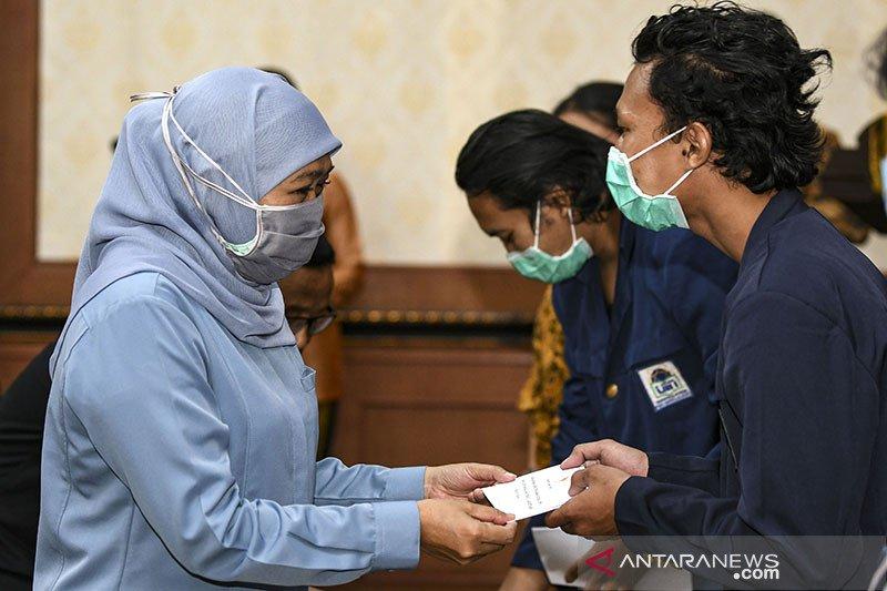 Gubernur Jawa Timur bantu warga terdampak COVID-19 di Jabodetabek