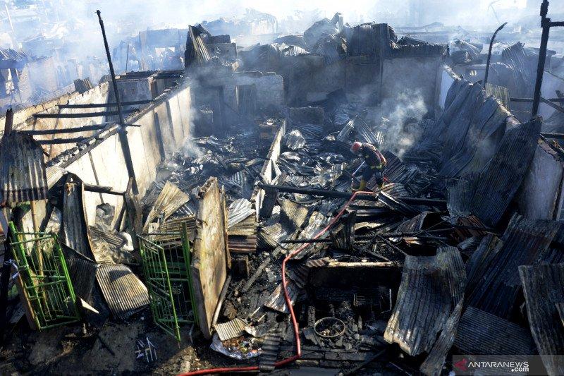 Kebakaran permukiman padat di Makassar