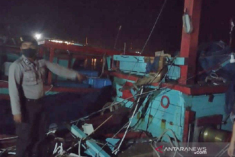 Dua kapal tabrakan di Perairan Sibolga, satu tewas, enam luka-luka