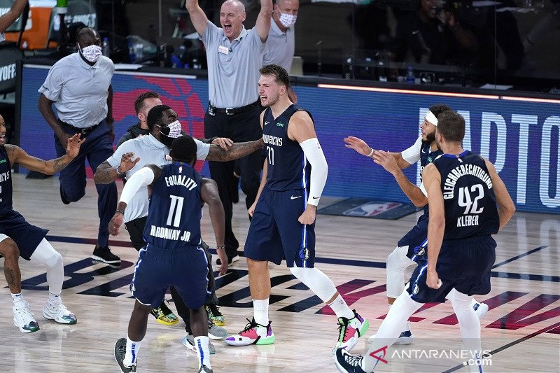 "Mavericks imbangi Clippers 2-2, setelah menang lewat ""overtime"""