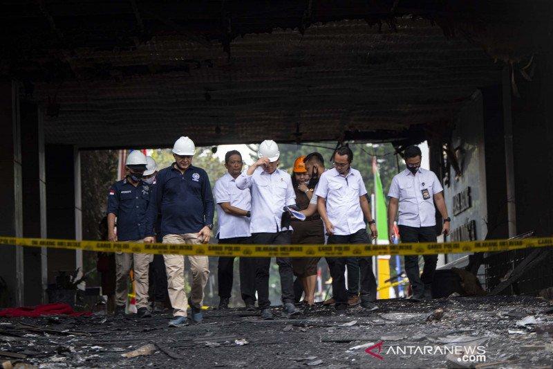 Kabareskrim cek olah TKP Gedung Kejagung yang terbakar