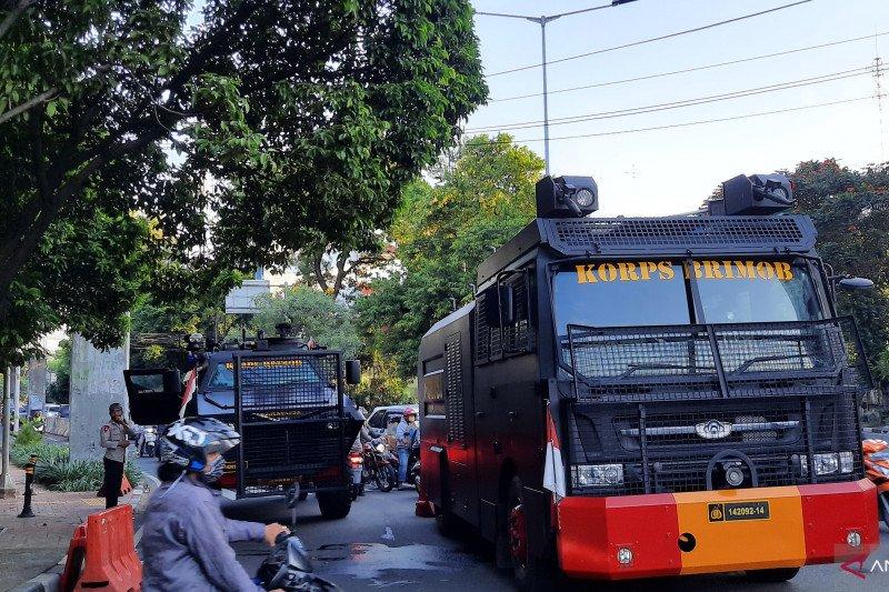 Polisi masih tutup Jalan Gelora belakang DPR imbas demo