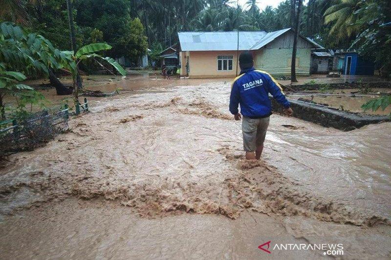 Banjir rendam sejumlah rumah warga di Bone Bolango